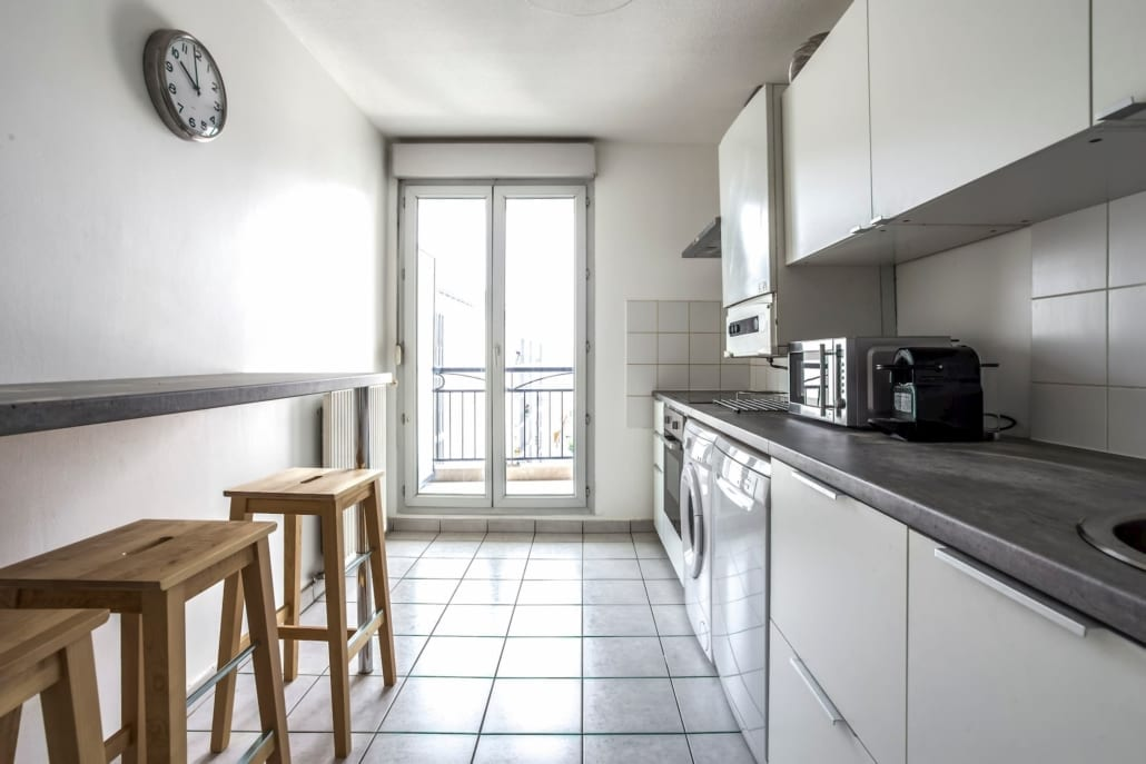 Kitchen of a shared house in Lyon