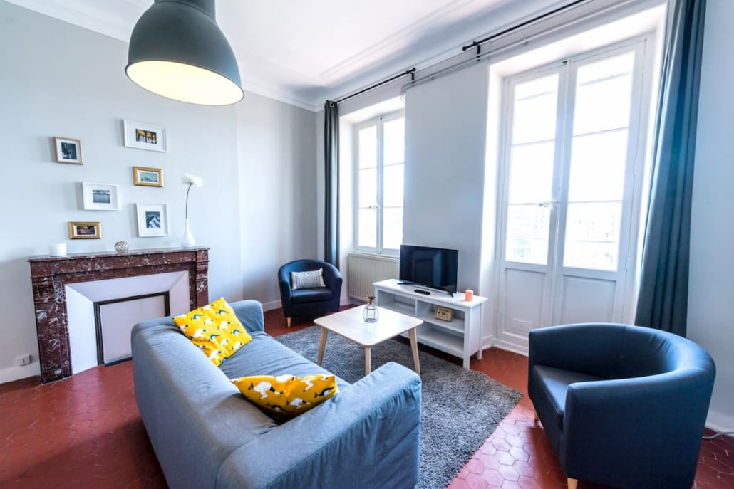 Four-room shared apartment in Marseille Cinq Avenues