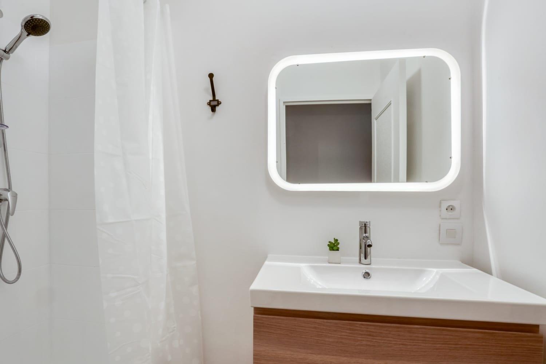 Salle de bain d'une maison en colocation à Montpellier