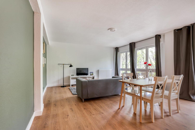 Salon d'une maison en colocation à Montpellier Antigone
