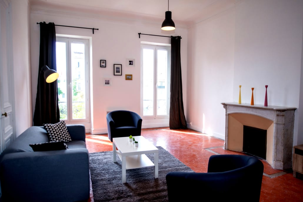 Living room of a shared apartment at the Prado Marseille