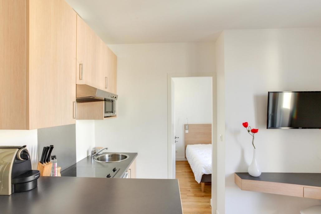 cuisine moderne et équipé dans appartement meublé